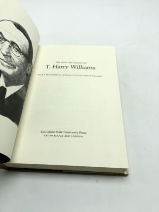 The Selected Essays of T. Harry Williams