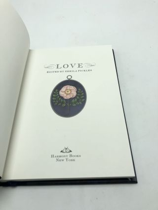 Love: Penhaligon's Scented Treasury of Verse and Prose